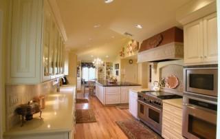 bright open kitchen - lightstyleoftampabay